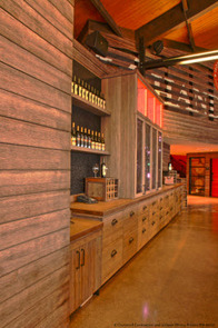 14 Hands Winery - Tasting Bar