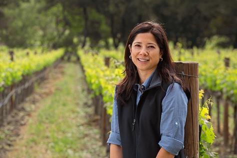 Winemaker Elizabeth DeLouise-Gant